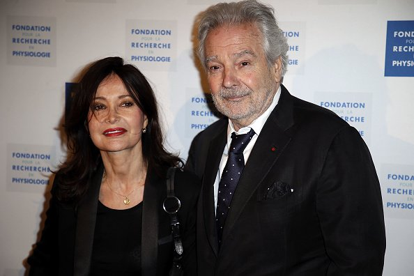 "Evelyne Bouix et Pierre Arditi assistent au Gala de charité ""La Recherche en Physiologie"" au Four Seasons Hotel George V à Paris, France. 