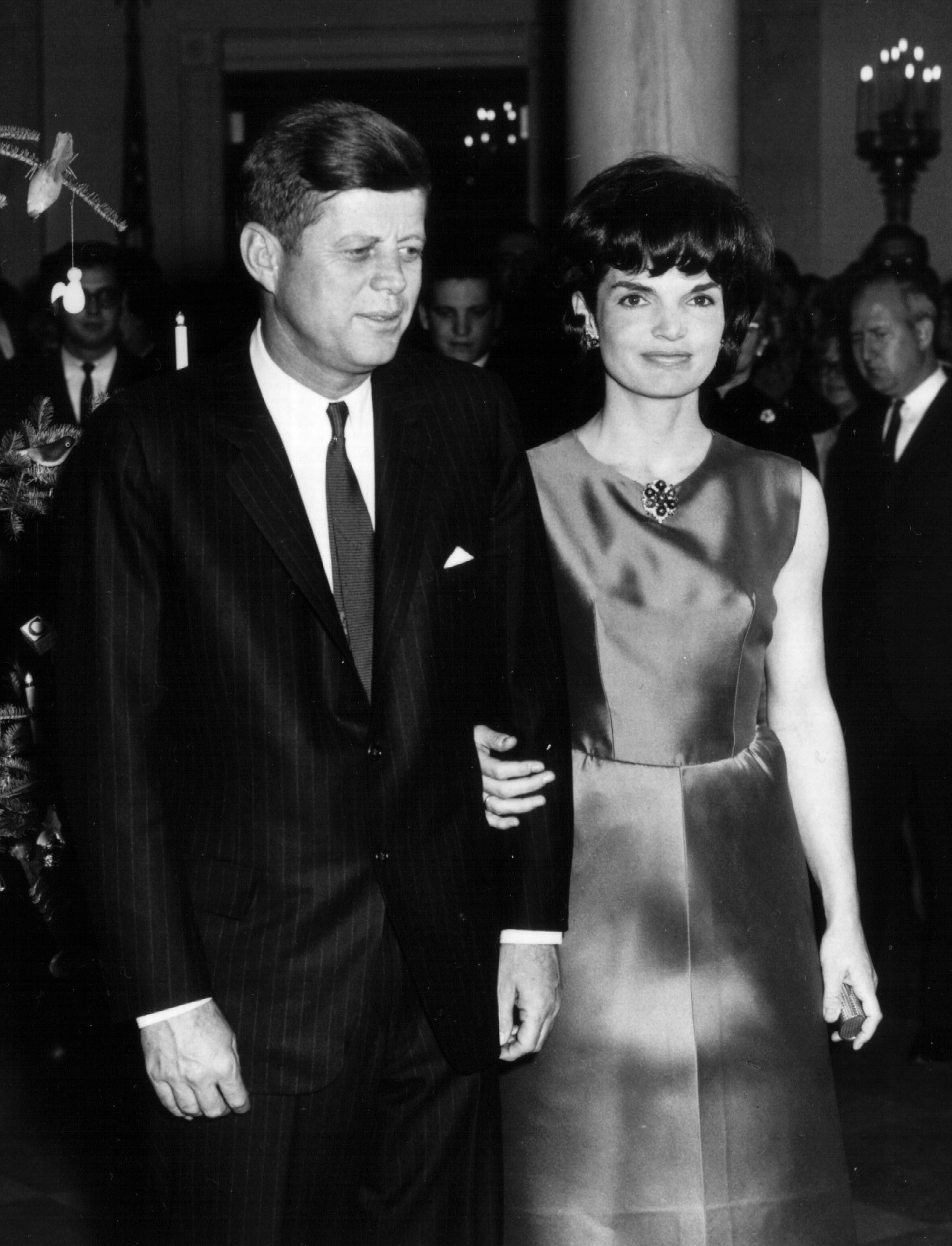 President John F. Kennedy and First Lady Jacqueline Kennedy attend a White House Ceremony in December, 1962, in Washington, DC. | Source: Getty Images.