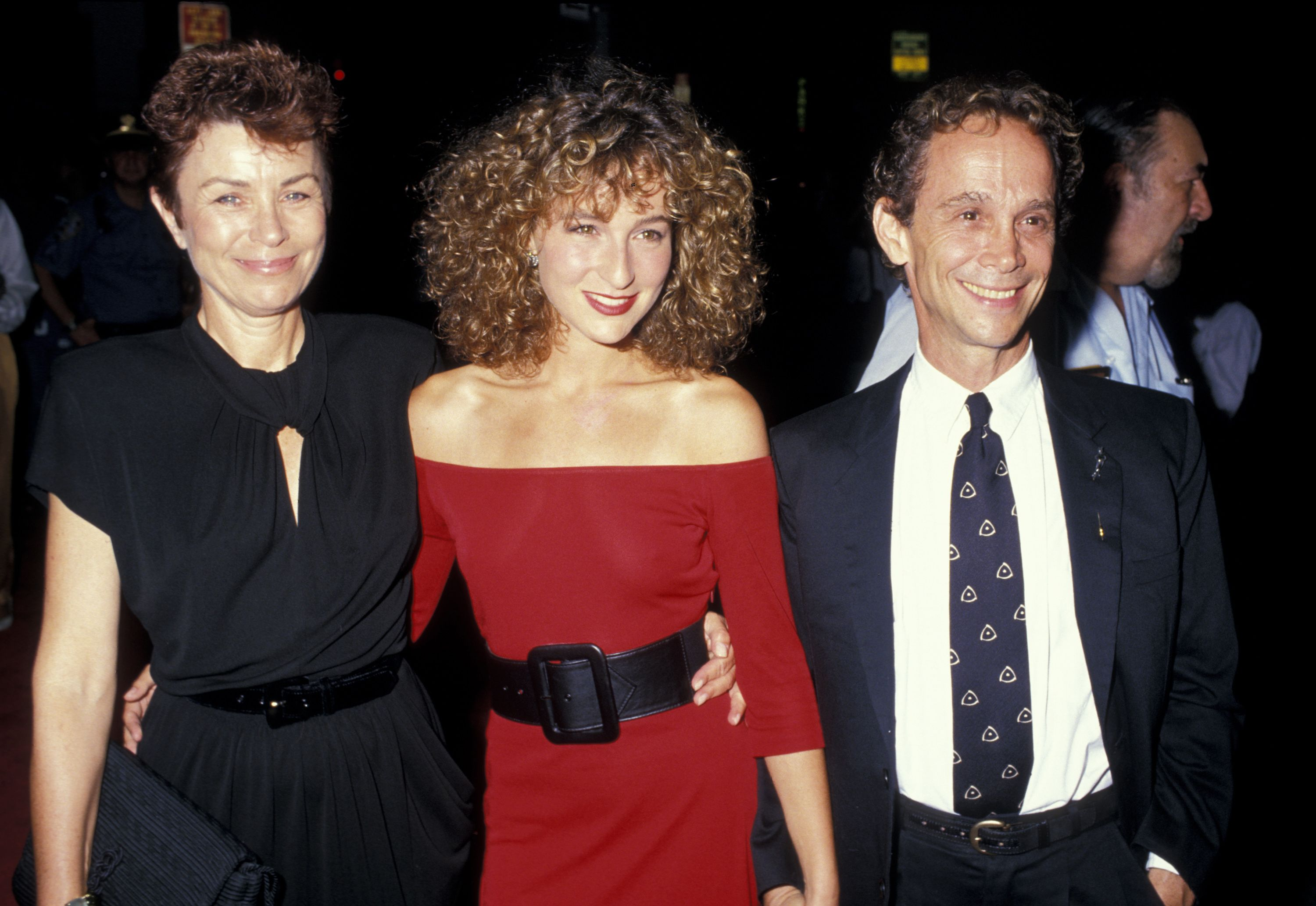"""Jo Wilder, Jennifer Grey, and Joel Grey at the premiere of """"Dirty Dancing"""" in 1987 in New York 