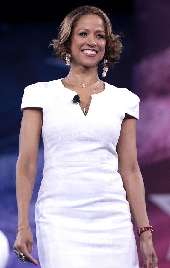 Stacey Dash speaking at CPAC 2016 in National Harbor, Maryland. | Photo: Wikimedia Commons Images