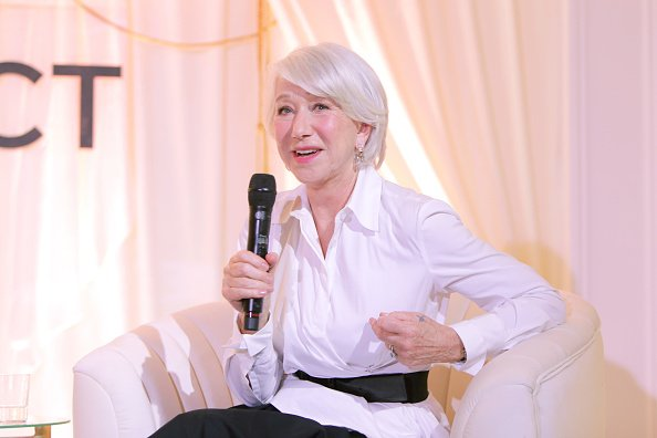 Helen Mirren joined L'Oréal Paris on March 03, 2020 in Beverly Hills, California. | Photo: Getty Images
