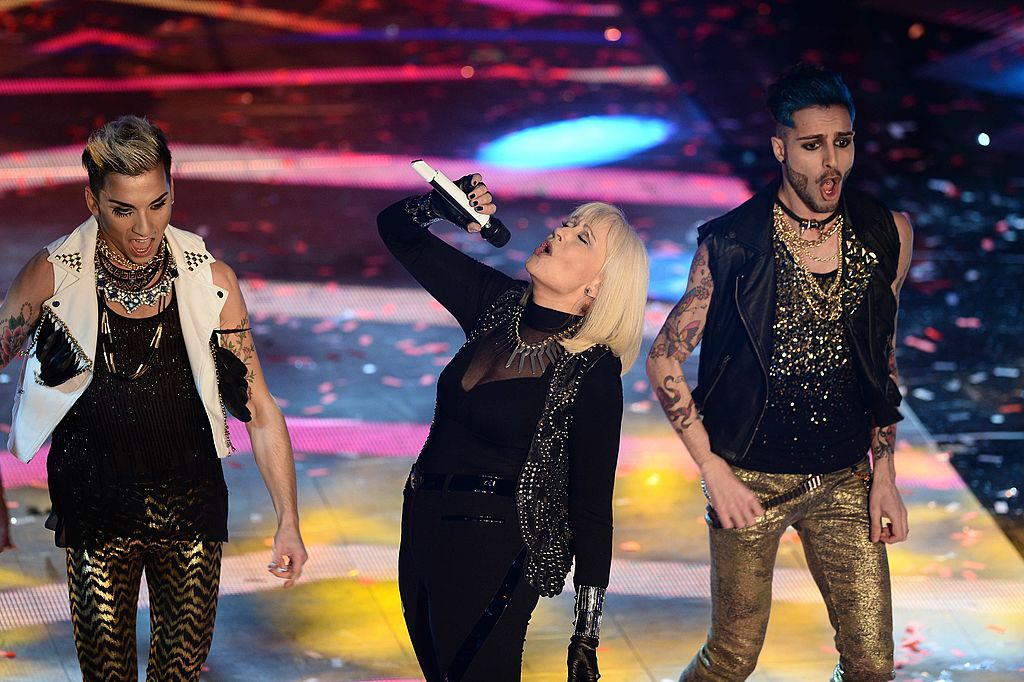 Raffaella Carrà en la noche de inauguración del 64º Festival di Sanremo 2014 en el Teatro Ariston, el 18 de febrero de 2014 en Sanremo, Italia. | Imagen: Getty Images