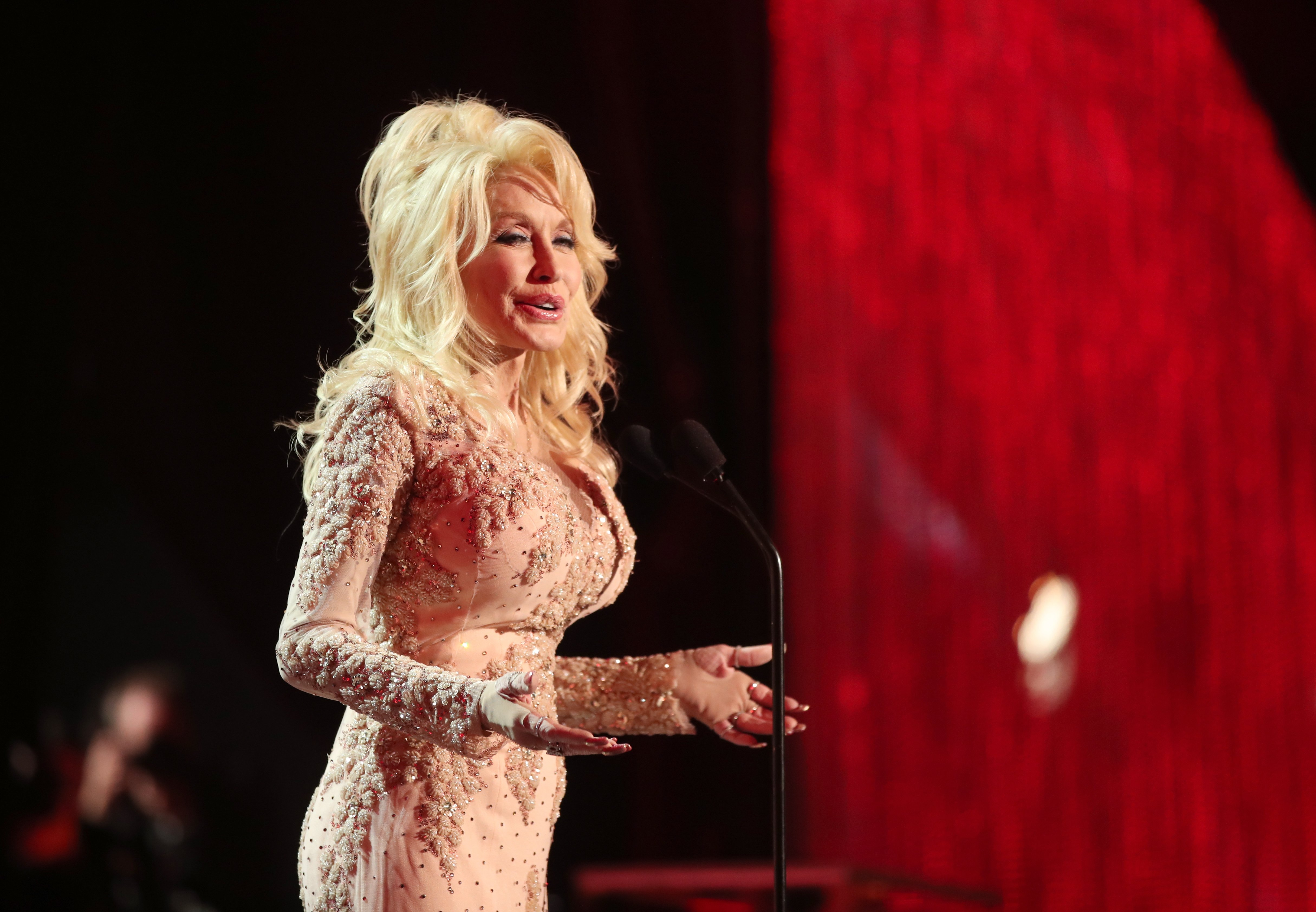 Dolly Parton during The 23rd Annual Screen Actors Guild Awards at The Shrine Auditorium on January 29, 2017 | Photo: GettyImages