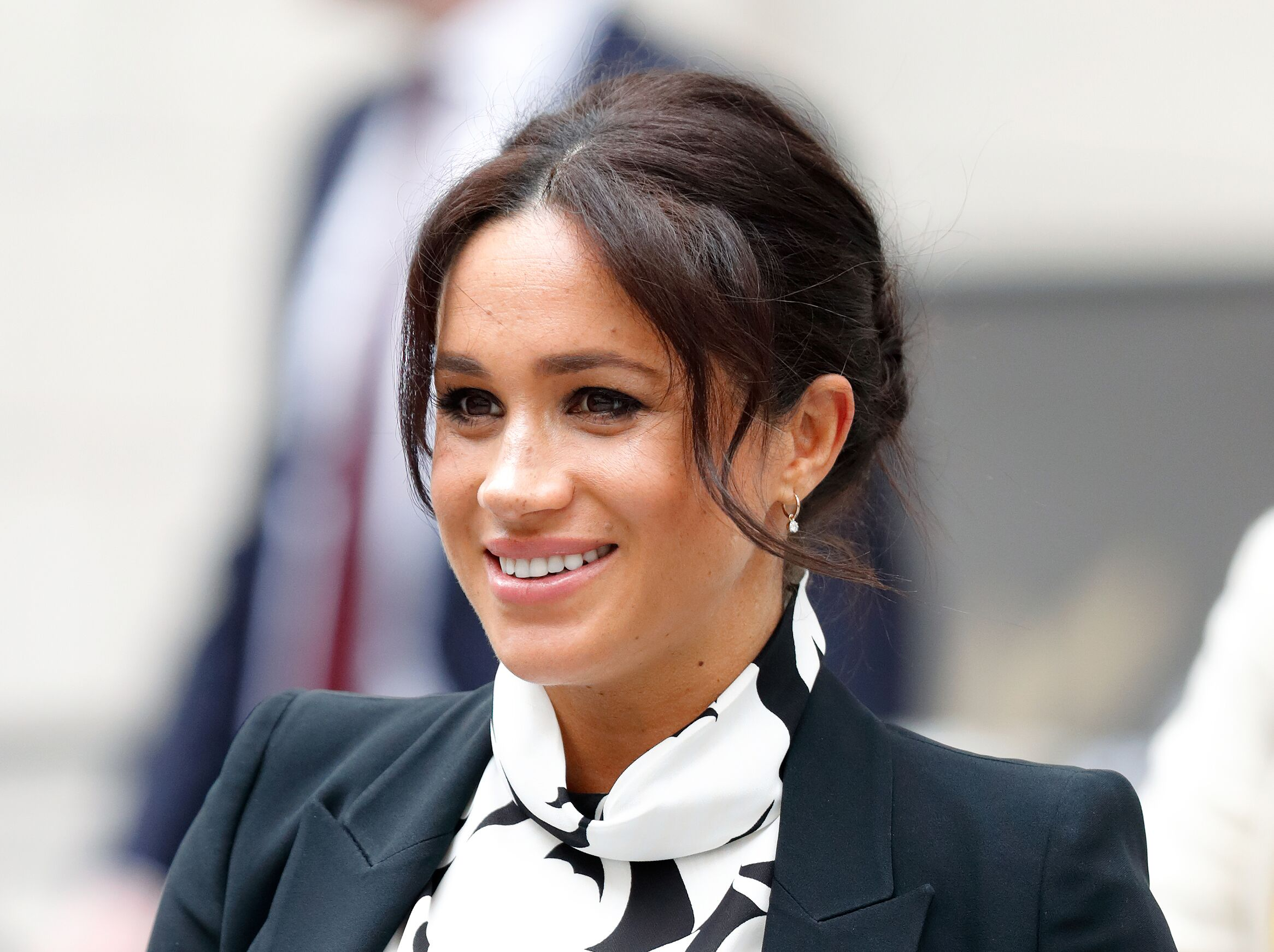 Duchess of Sussex attends a panel discussion, convened by The Queen's Commonwealth Trust, to mark International Women's Day at King's College London | Photo: Getty Images