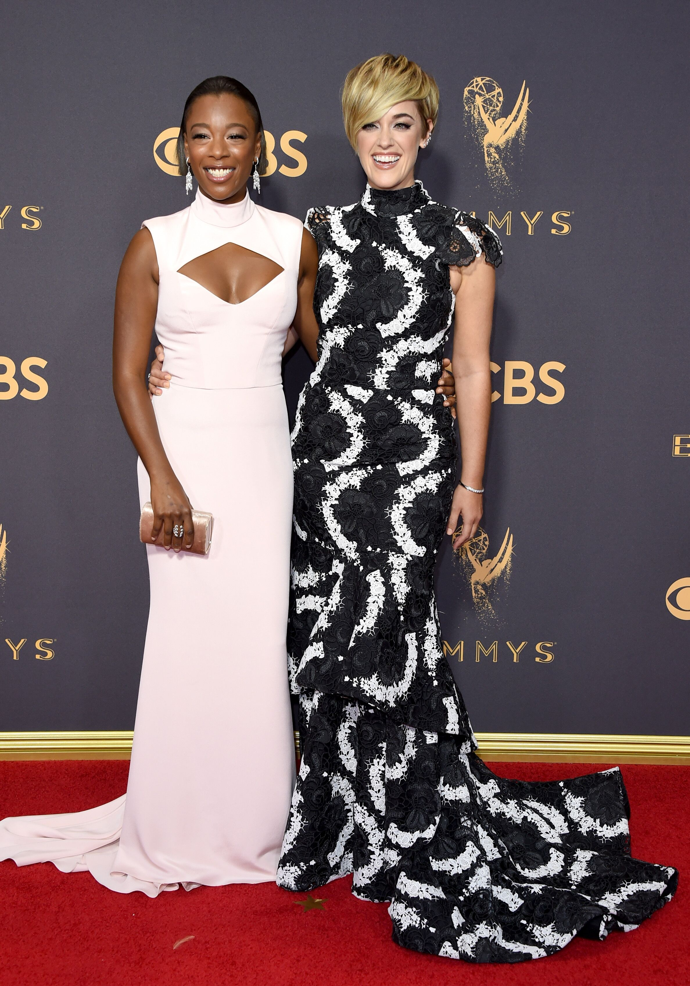 Actor Samira Wiley (L) and writer Lauren Morelli attend the 69th Annual Primetime Emmy Awards at Microsoft Theater on September 17, 2017 in Los Angeles, California | Photo: Getty Images