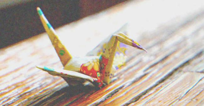 Shy Girl Gives Guy an Origami, 3 Years Later He Notices a Written Text in It and Grabs His Head — Story of the Day