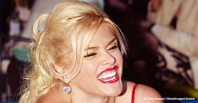 Anna Nicole Smith's Daughter Celebrates Mother's Day with Her Father
