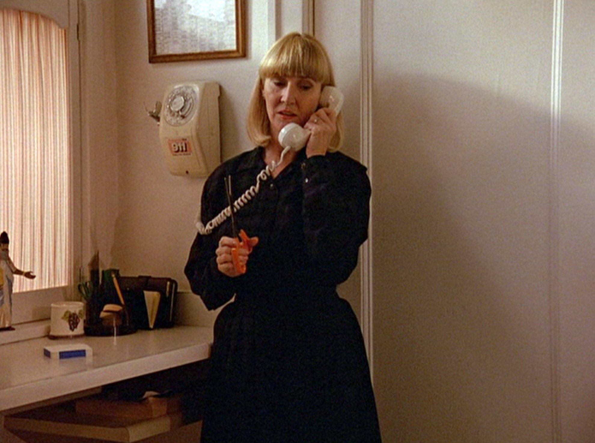 Charlotte Stewart in a scene from the first episode of the television series 'Twin Peaks,' originally broadcast on April 8, 1990. | Photo: Getty Images