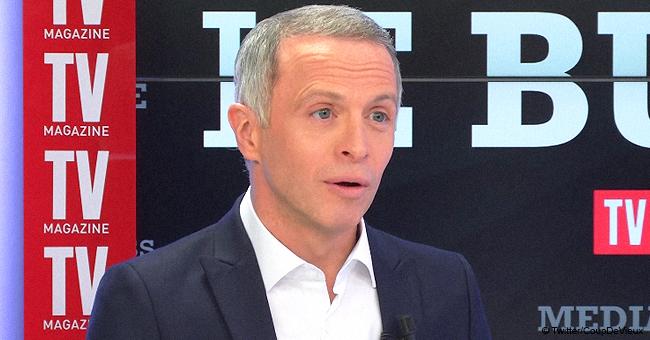 Samuel Étienne face à une soudaine erreur technique lors d'un direct sur France Info