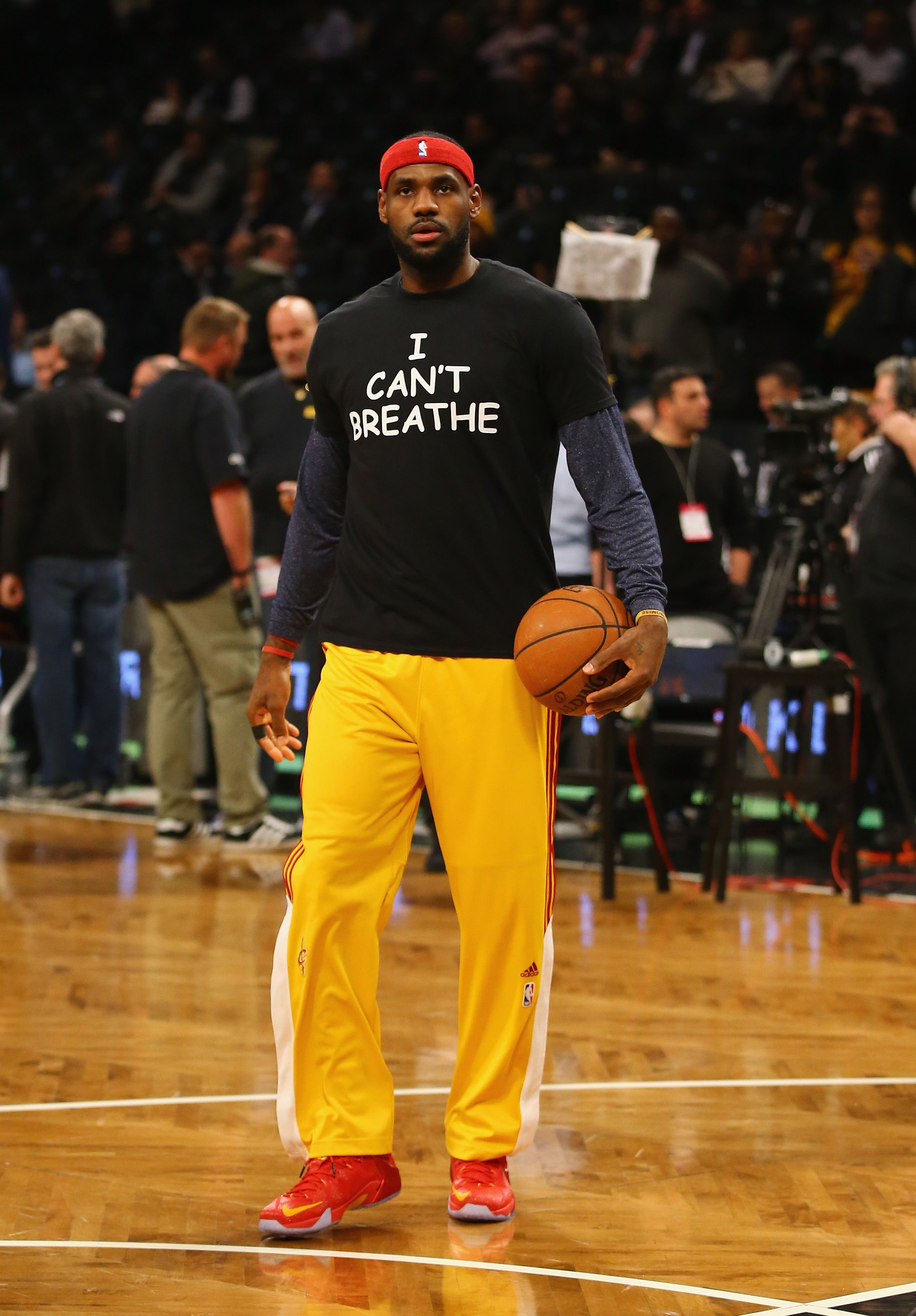 """LeBron James sports an """"I Can't Breathe"""" shirt during his game against the Brooklyn Nets at the Barclays Center on December 8, 2014 in New York City. 