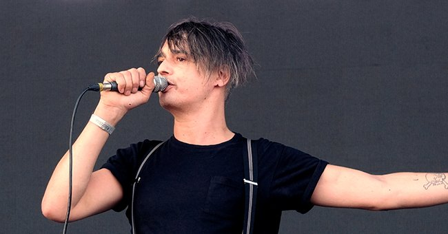 Pete Doherty performing at Victorious Festival, on August 27, 2017 in Southsea, Portsmouth Hampshire | Photo: Getty Images