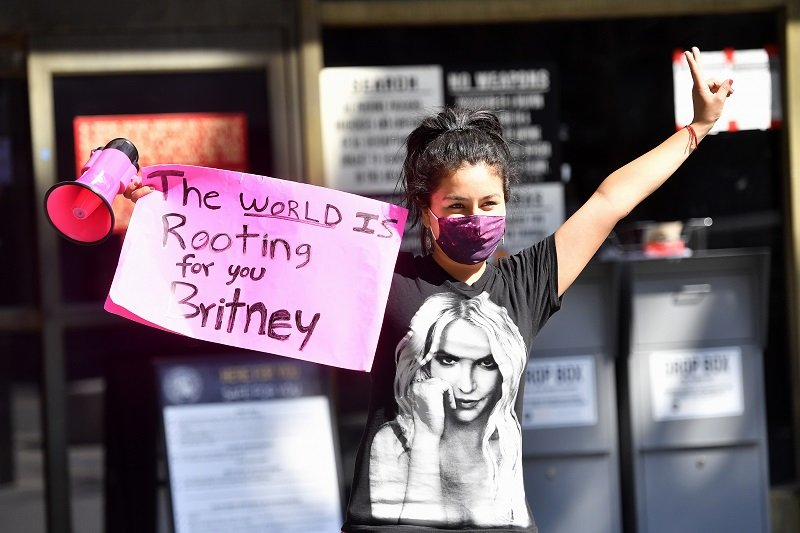 A supporter of the #FreeBritney movement on July 22, 2020 in Los Angeles, California | Photo: Getty Images