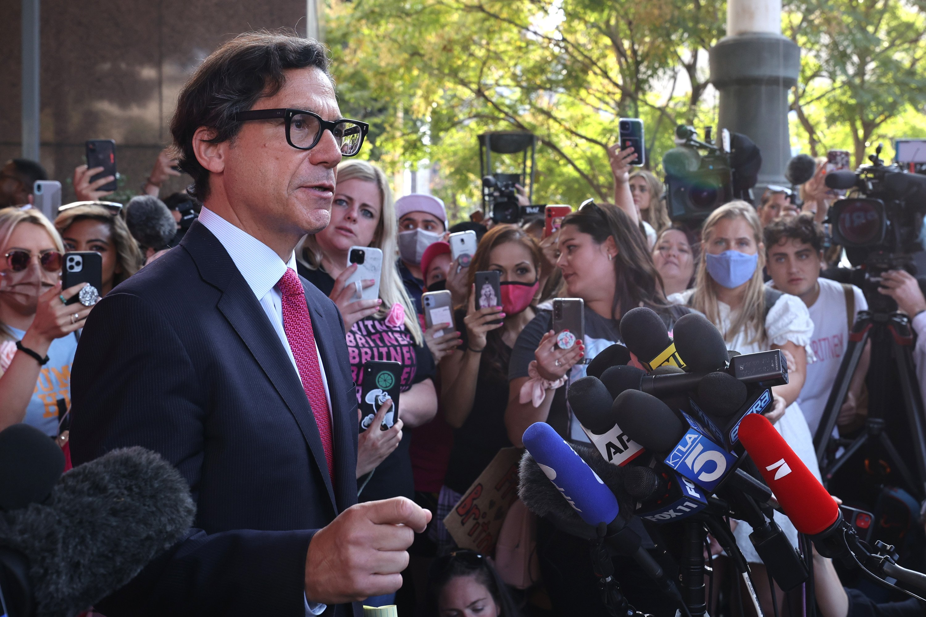 Britney Spears' attorney Mathew Rosengart speaking to the press at the Stanley Mosk Courthouse in Los Angeles, California | Photo: Getty Images