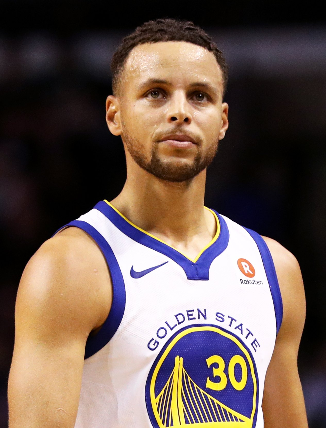 Stephen Curry #30 of the Golden State Warriors during a game against the Boston Celtics on Nov. 16, 2017 in Massachusetts | Photo: Getty Images
