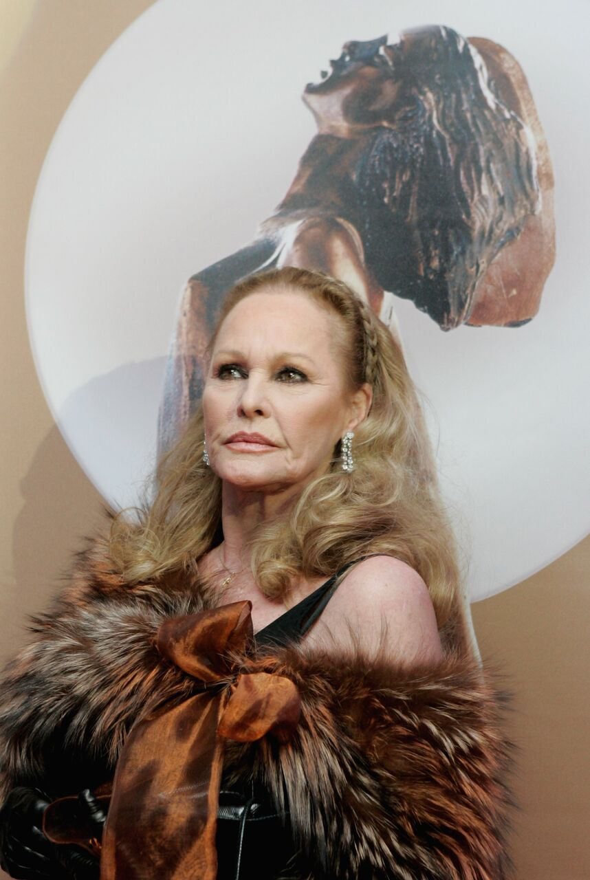 Ursula Andress arrives at the ceremony of the Diva Awards 2007.   Source: Getty Images