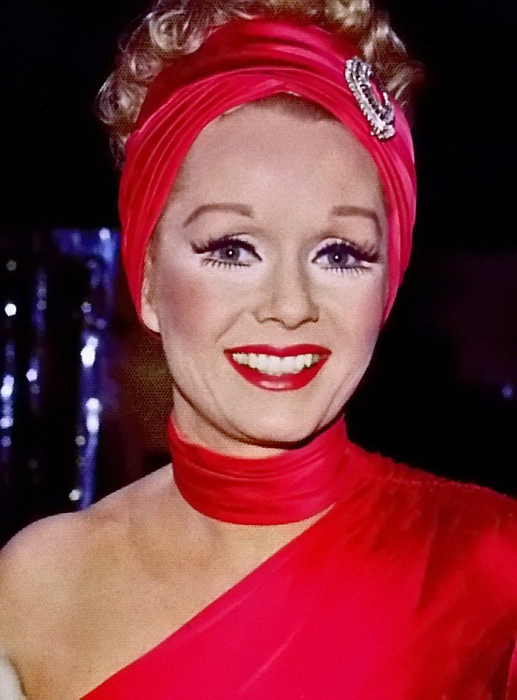 Debbie Reynolds in 1975 | Photo: Wikipedia/Wikiwatcher1