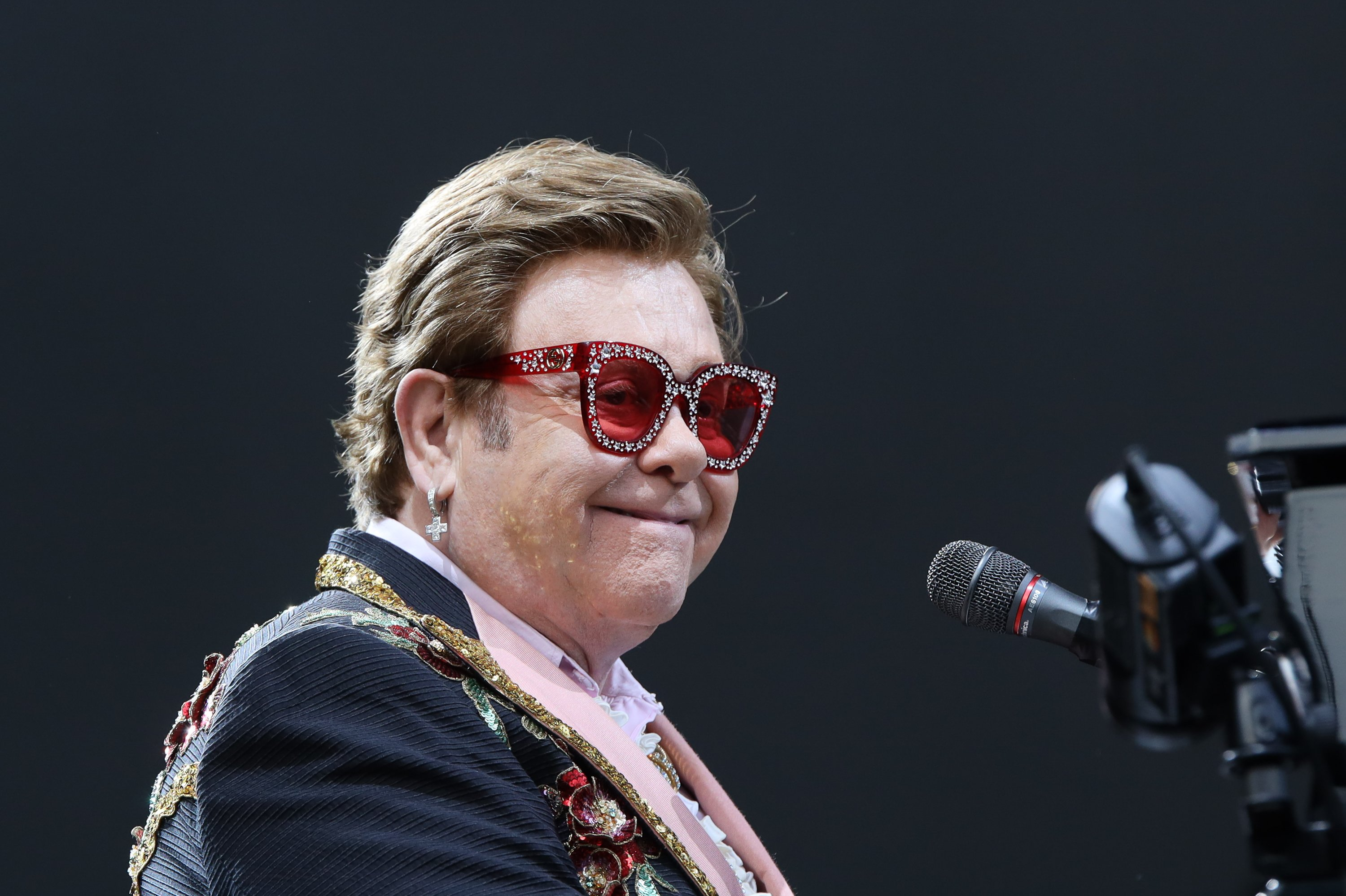 Sir Elton John performing at Mt Smart Stadium right before walking off stage on February 16, 2020 in Auckland, New Zealand   Photo: Dave Simpson/WireImage