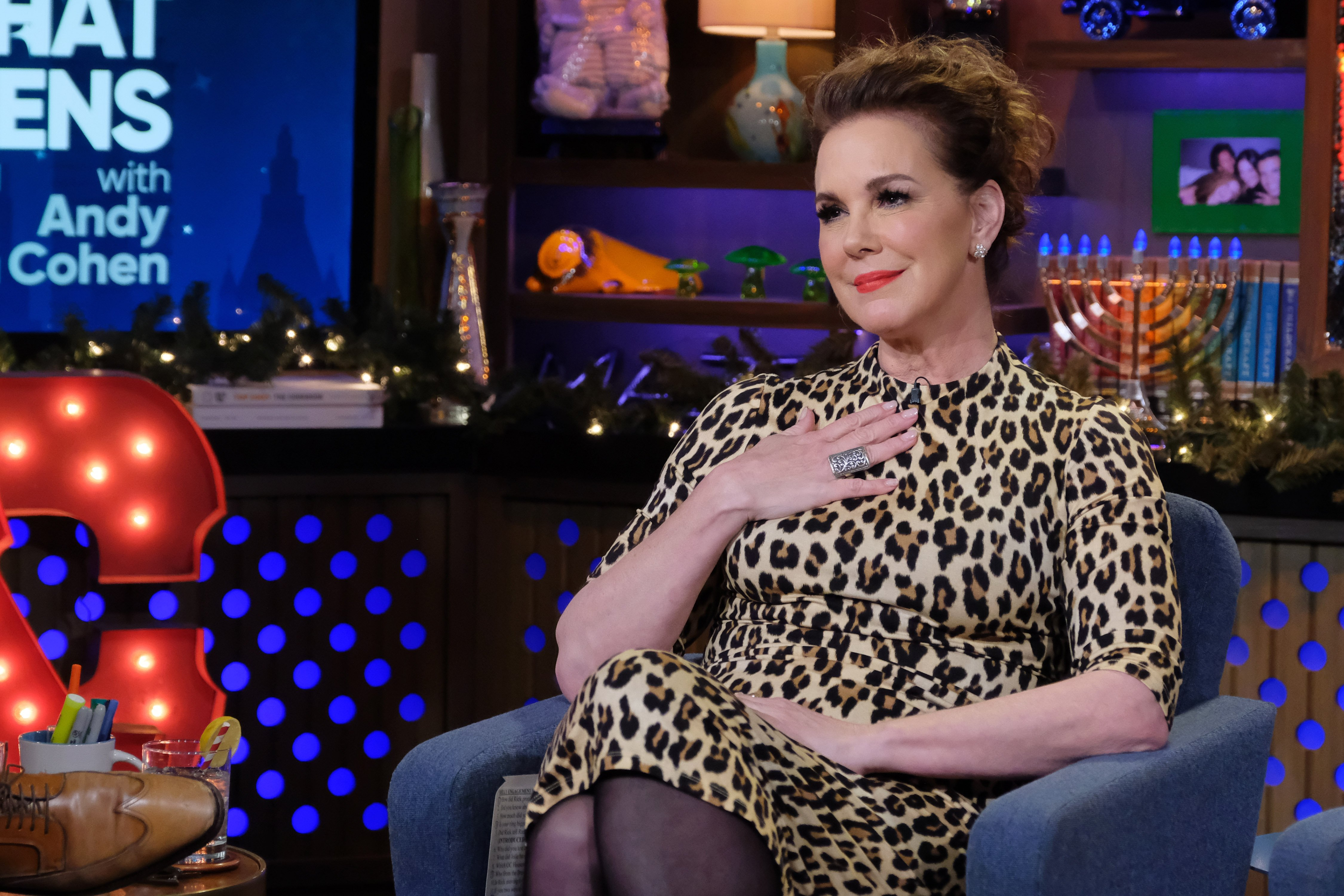 Elizabeth Perkins in Episode 16196 of 'Watch What Happens Live with Andy Cohen' | Photo: Getty Images