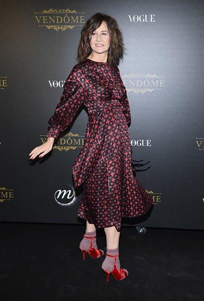 Valérie Lemercier assiste à l'exposition Irving Penn Private Viewing organisée par Vogue dans le cadre de la Semaine de la mode féminine printemps/été 2018 à Paris, le 1er octobre 2017 à Paris, France. | Photo : Getty Images