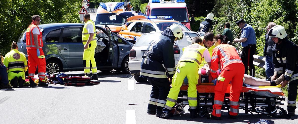 Mort de deux adolescents après que leur voiture ait percuté un mur dans le Gard