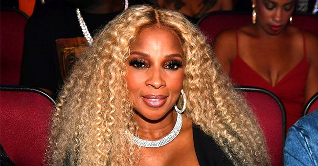 Mary J Blige Flaunts Leg Tattoo in Her Signature Thigh-High Boots & Blonde Hair (Photos)