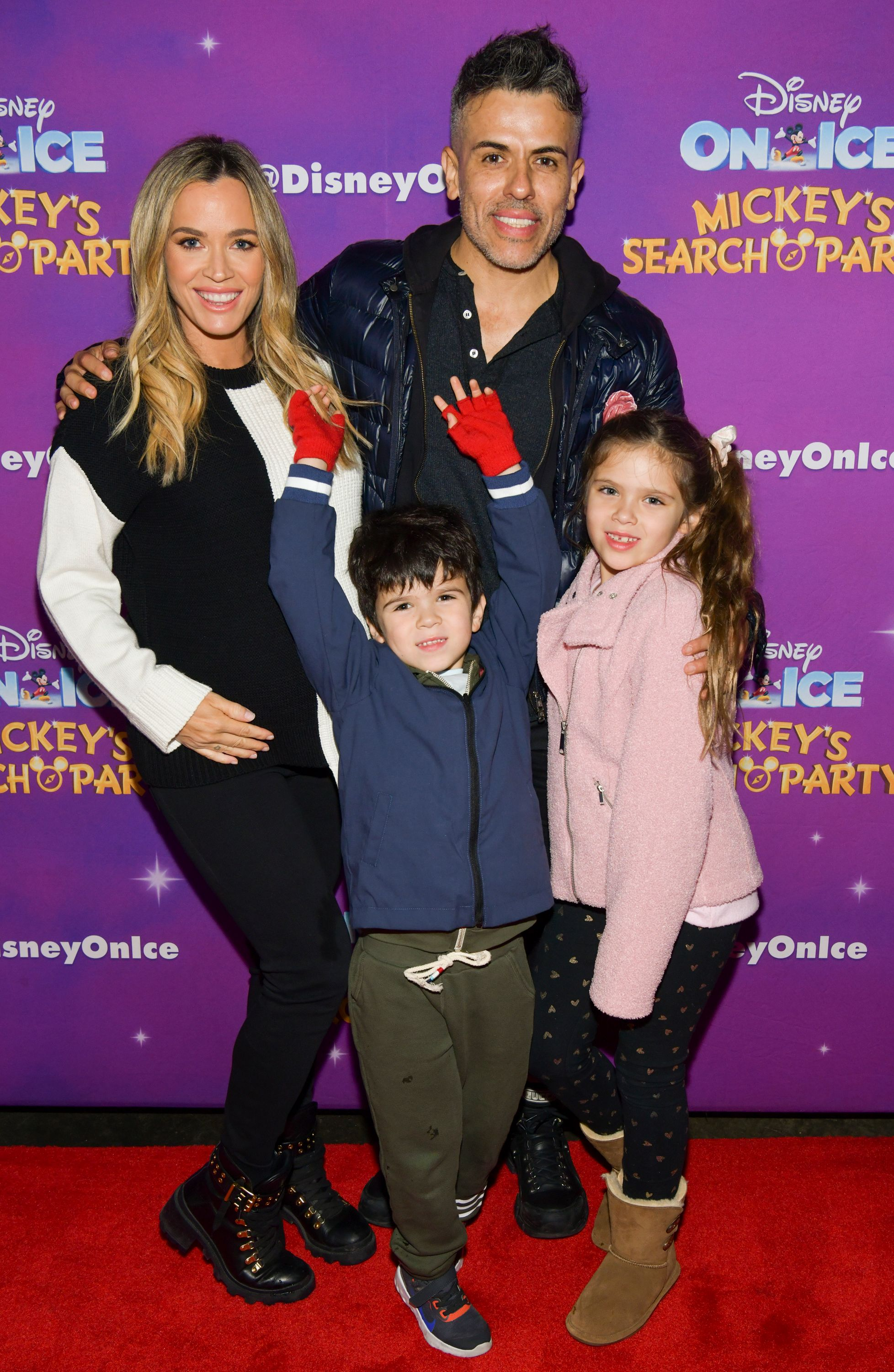 """(L-R) Teddi Mellencamp, Cruz Arroyave, Edwin Arroyave, and Slate Arroyave during the 2019 Disney On Ice """"Mickey's Search Party"""" at Staples Center on December 13, 2019 in Los Angeles, California.   Source: Getty Images"""