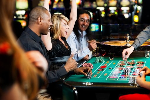 Une gagnante au casino | Source : Getty Images