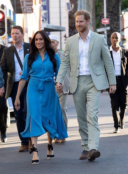 Meghan Markle et le prince Harry visitent le musée du district 6 à Cape Town |Photo: Getty Images
