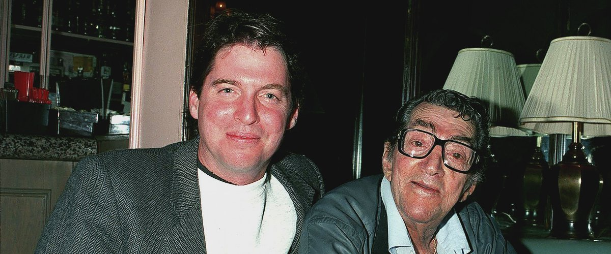 Dean Martin and his son Ricci at Divincis restaurant on May 17, 1995 | Photo: Getty Images
