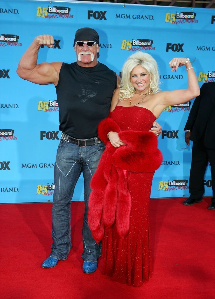 Wrestler Hulk Hogan (L) and wife Linda Hogan arrive at the 2005 Billboard Music Awards held at the MGM Grand Garden Arena | Getty Images