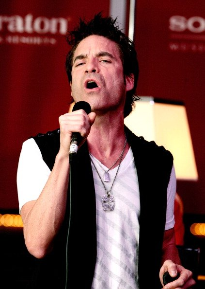 Pat Monahan during Starwood Hotels & Resorts and Sony BMG entertainment launch of a new In-Room initiative on September 19, 2007 in New York City.   Photo: Getty Images