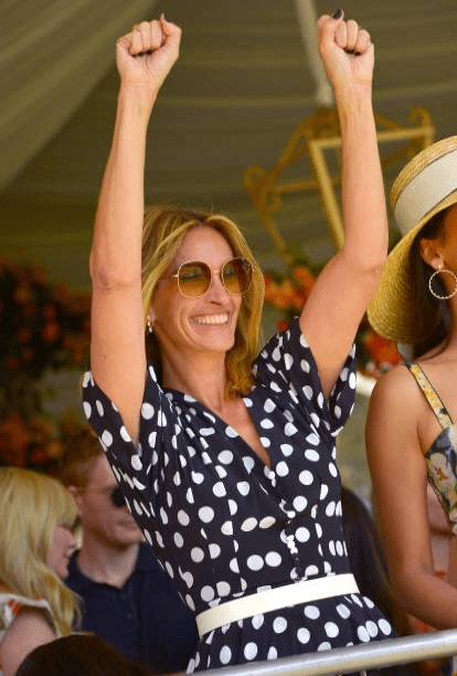 Julia Roberts wearing Micheal Kors at the 10th Annual Veuve Clicquot Polo Classic, on October 05, 2019 in Pacific Palisades, California | Source: Getty Images (Photo by Charley Gallay/Getty Images for Veuve Clicquot)