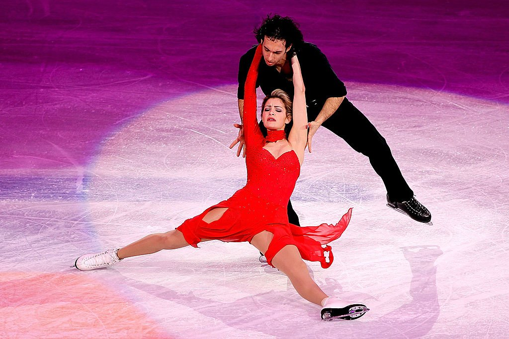 : Tanith Belbin and Benjamin Agosto of the United States performs at the Exhibition Gala following the Olympic figure skating competition at Pacific Coliseum on February 27, 2010 | Photo: Getty Images