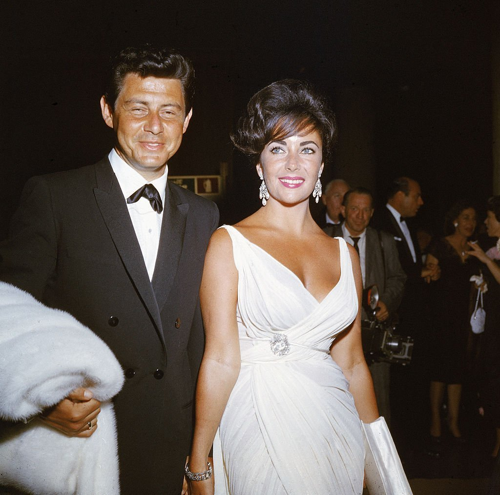 Elizabeth Taylor and her fourth husband Eddie Fisher. I Image: Getty Images.