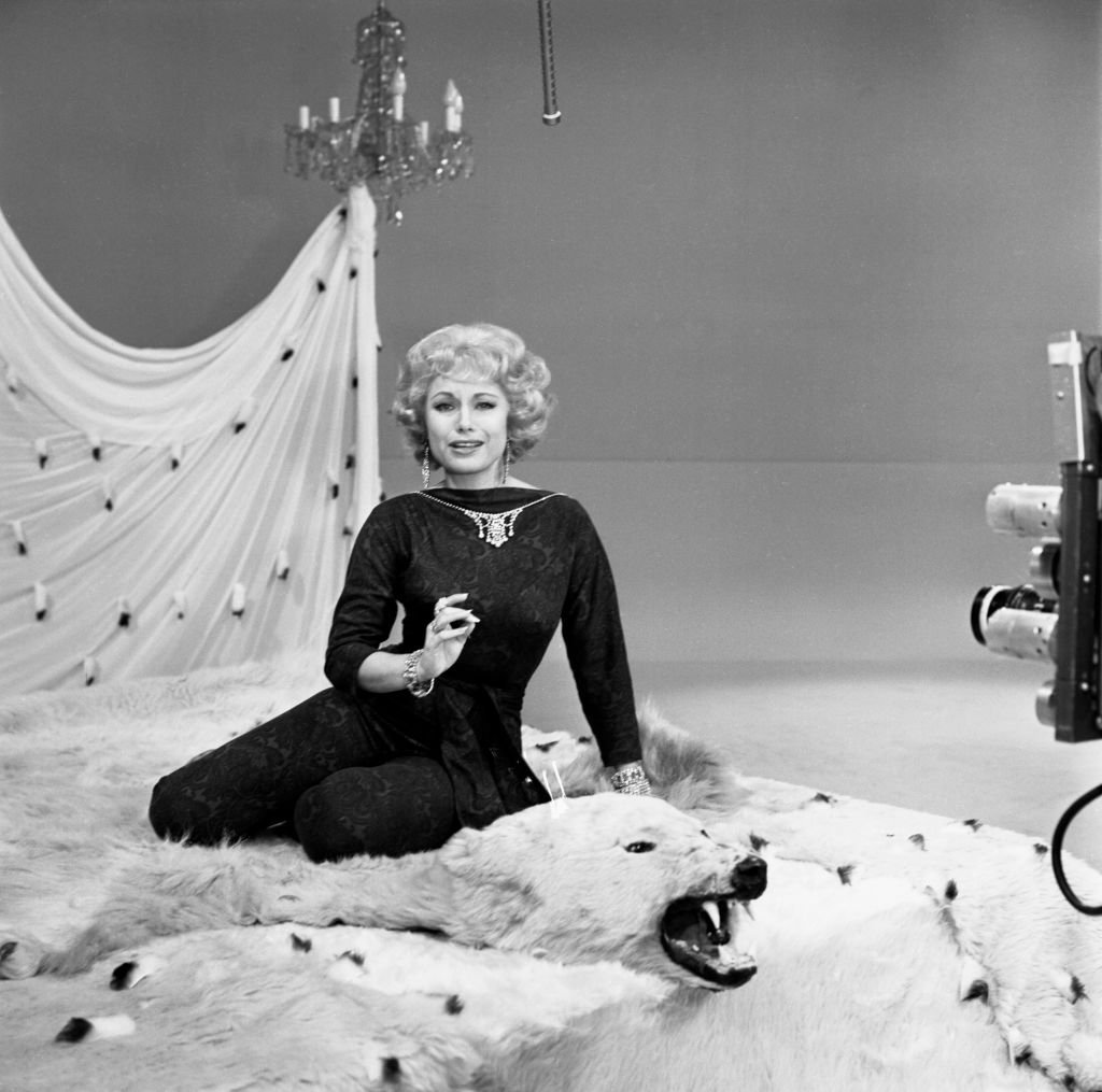 """Joyce Jameson poses for a photocall for """"The Spike Jones Show"""" on July 22, 1960. 