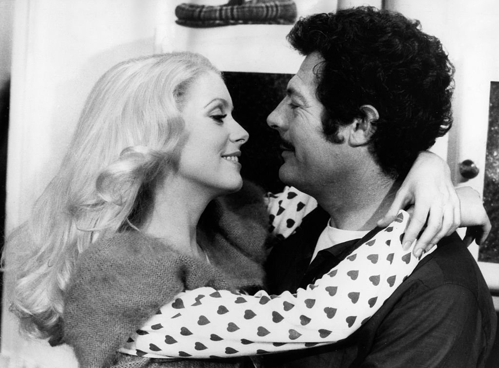 Catherine Deneuve et Marcello Mastroianni. | Photo : Getty Images