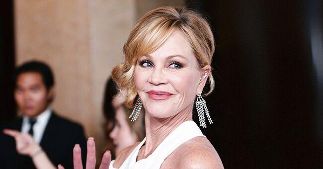 Melanie Griffith, actrice de 62 ans, montre son corps en lingerie et en talons