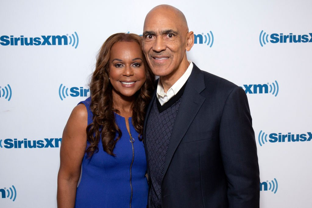 Lauren and Tony Dungy visit SiriusXM Studios on April 16, 2019 in New York City | Photo: GettyImages