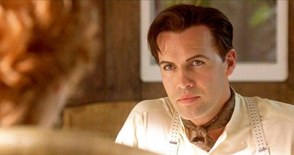 "Billy Zane en tant que Cal Hockley dans le film ""Titanic"", écrit et réalisé par James Cameron. 
