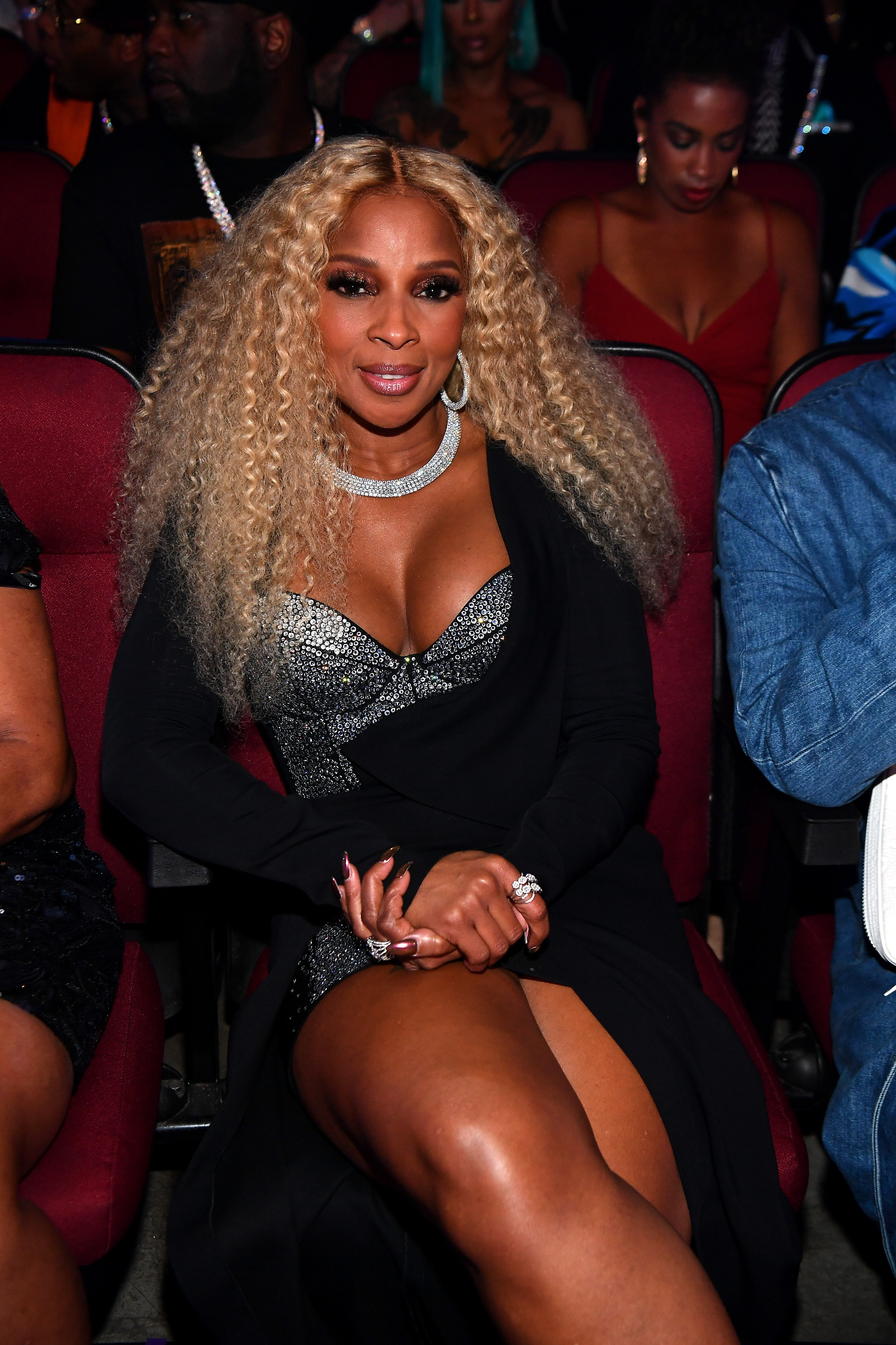 Mary J. Blige seen in the audience at the 2019 BET Awards at Microsoft Theater on June 23, 2019. | Photo: GettyImages