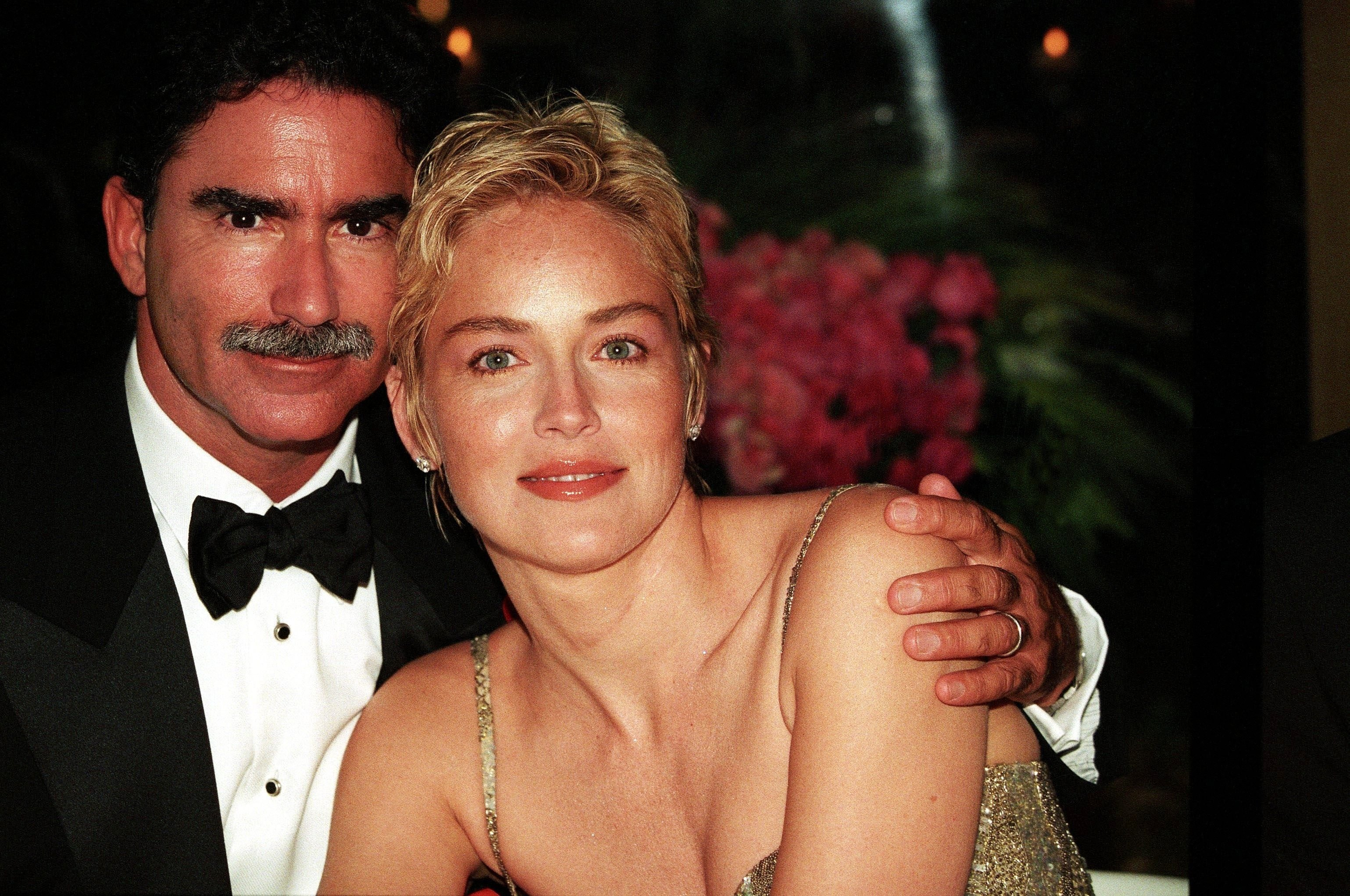 Sharon Stone with Phil Bronstein in 1998 in France | Source: Getty Images