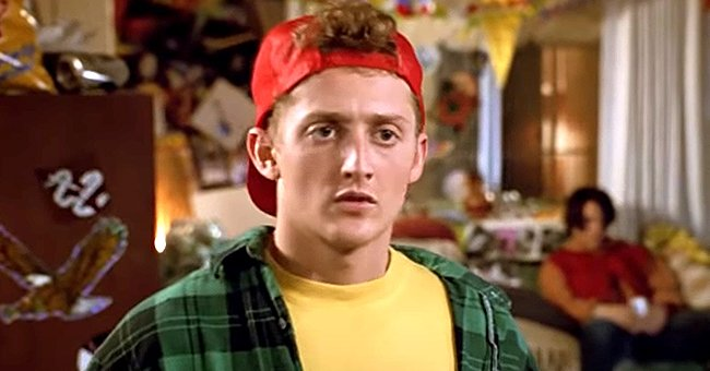 See How Alex Winter of 'Bill and Ted' Fame Looks Now at 55 Years Old