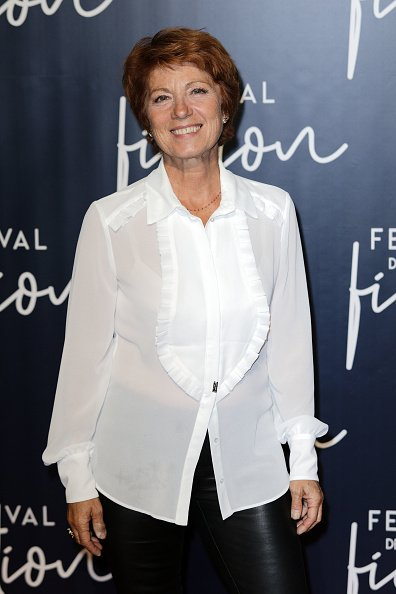 Véronique Combouilhaud, alias Véronique Genest, assiste à la cérémonie de clôture du 20ème Festival de Fiction TV le 15 septembre 2018 à La Rochelle, France. | Photo : Getty Images