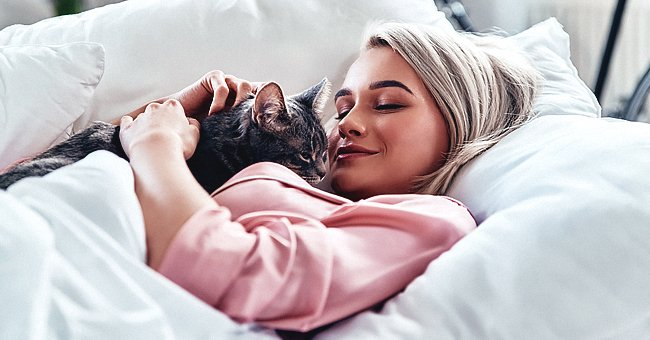 Woman Doesn't Want to Give up Her Cat Because Her Boyfriend Is Allergic