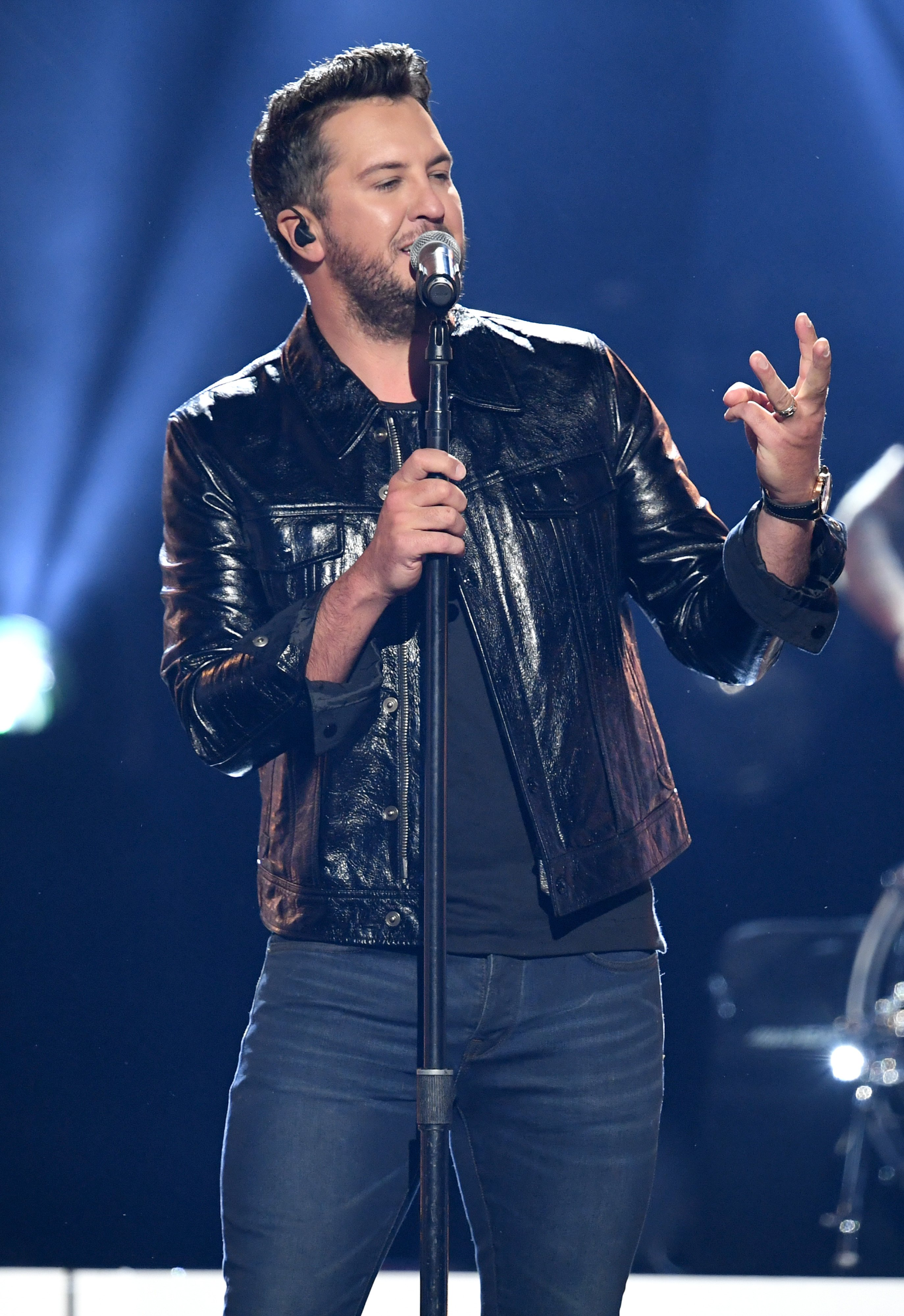 """Luke Bryan, who just released his 7th album,""""Born Here Die Here"""" shows energy while performing onstage. 