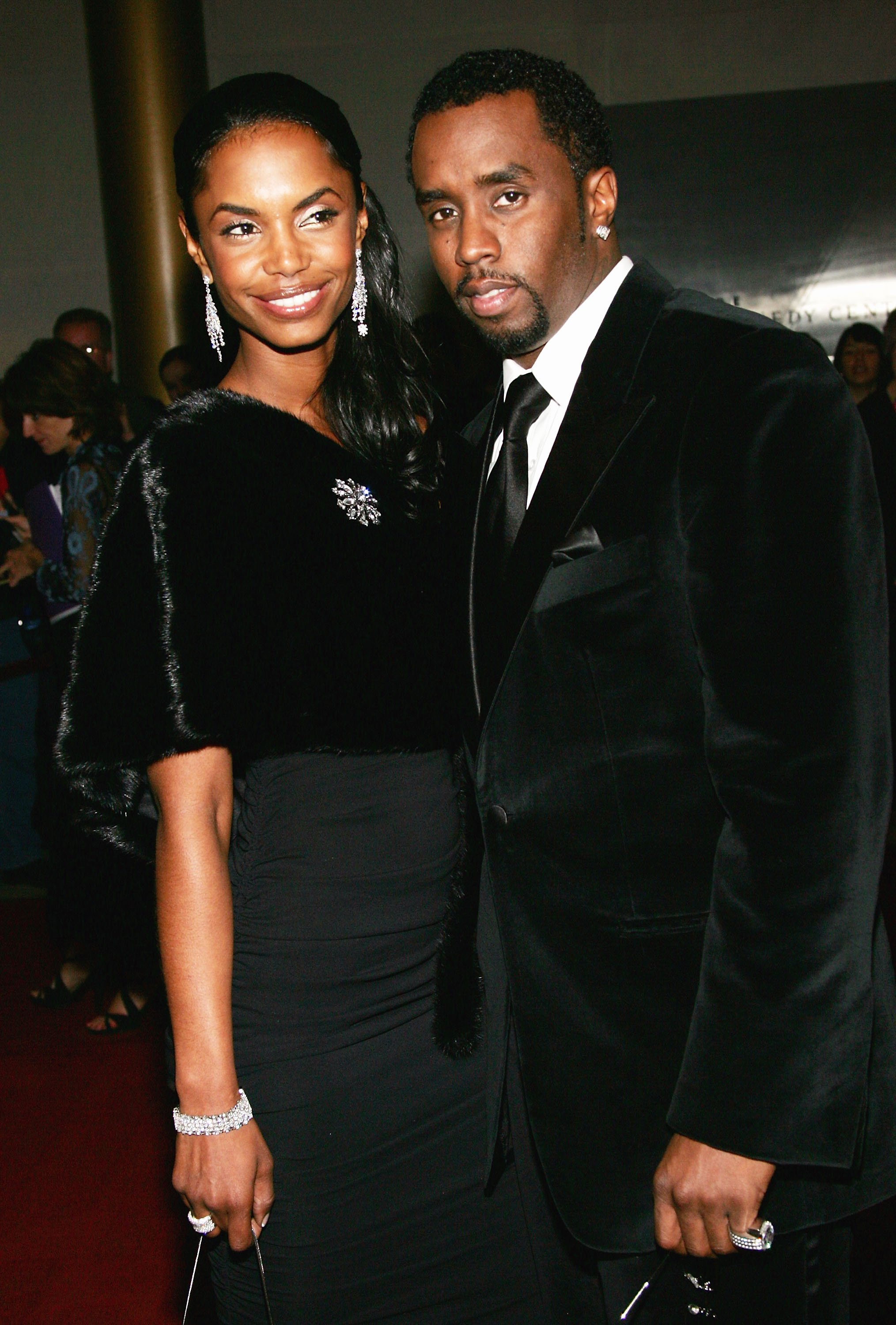 """Sean """"P. Diddy"""" Combs and wife Kim Porter arrive at the 27th Annual Kennedy Center Honors Gala at The Kennedy Center for the Performing Arts December 5, 2004   Photo: Getty Images"""