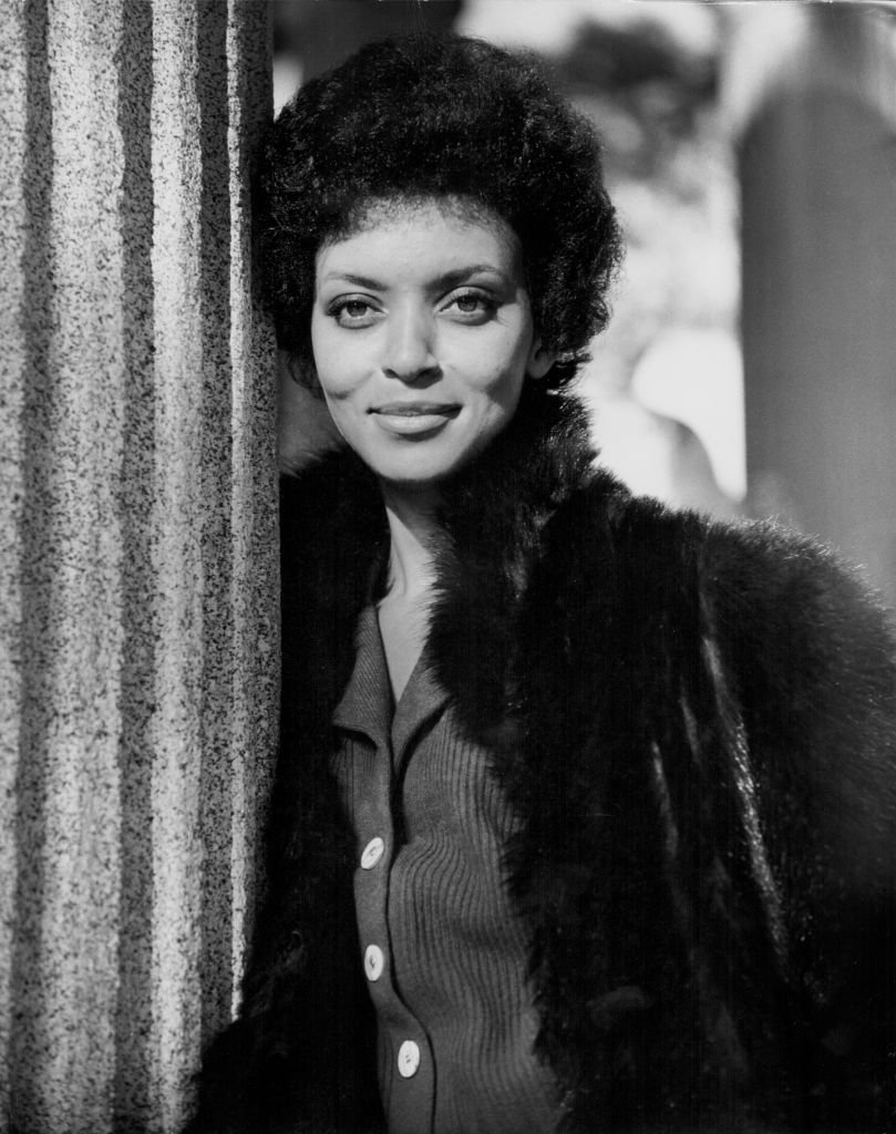 Promotional shot of actress Vonetta McGee for the movie 'Shaft in Africa' in 1973. | Photo: Getty Images
