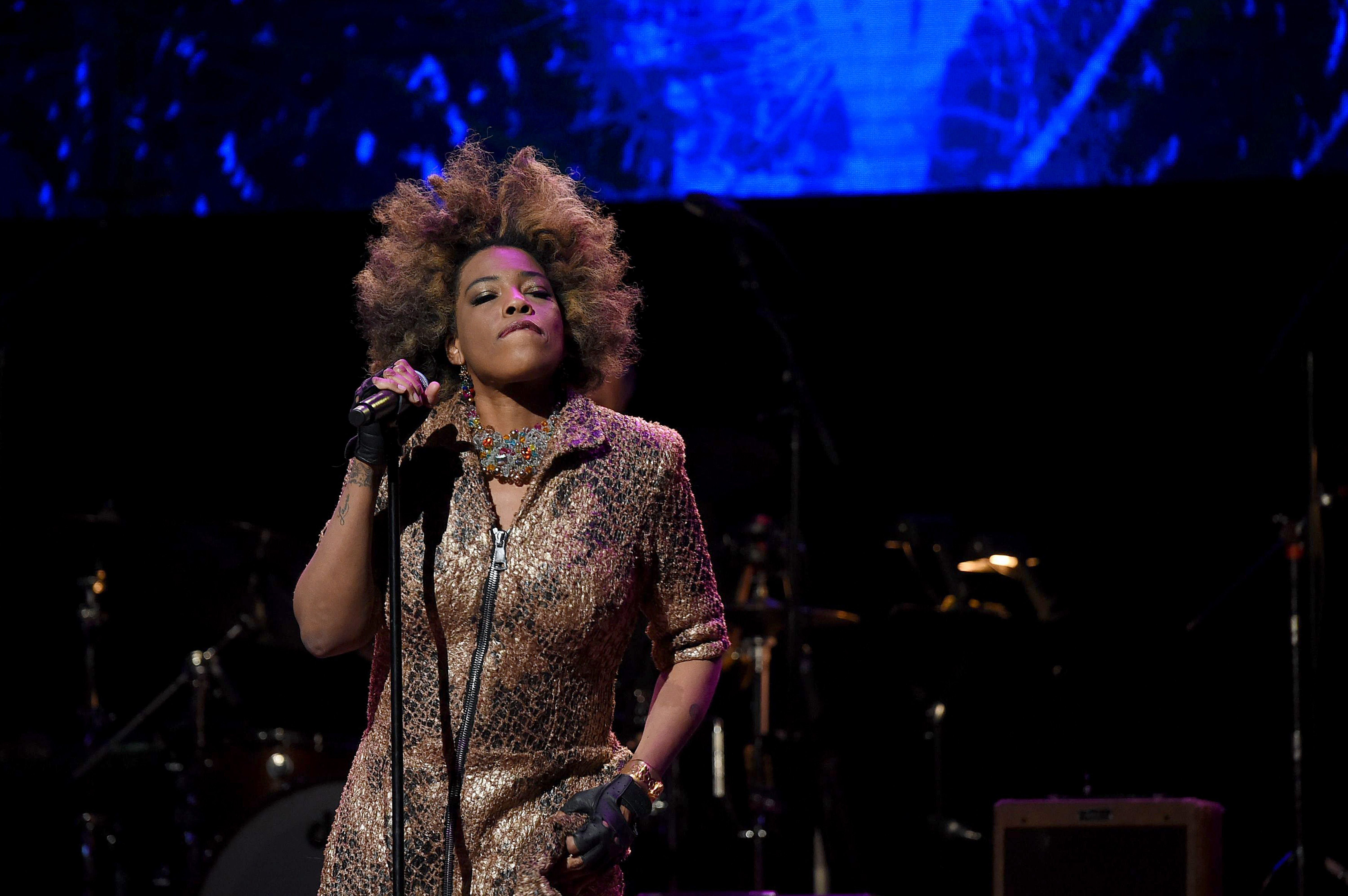 Macy Gray at the Fourth Annual LOVE ROCKS NYC benefit concert for God's Love We Deliver at Beacon Theatre on March 12, 2020 in New York City. | Source: Shutterstock