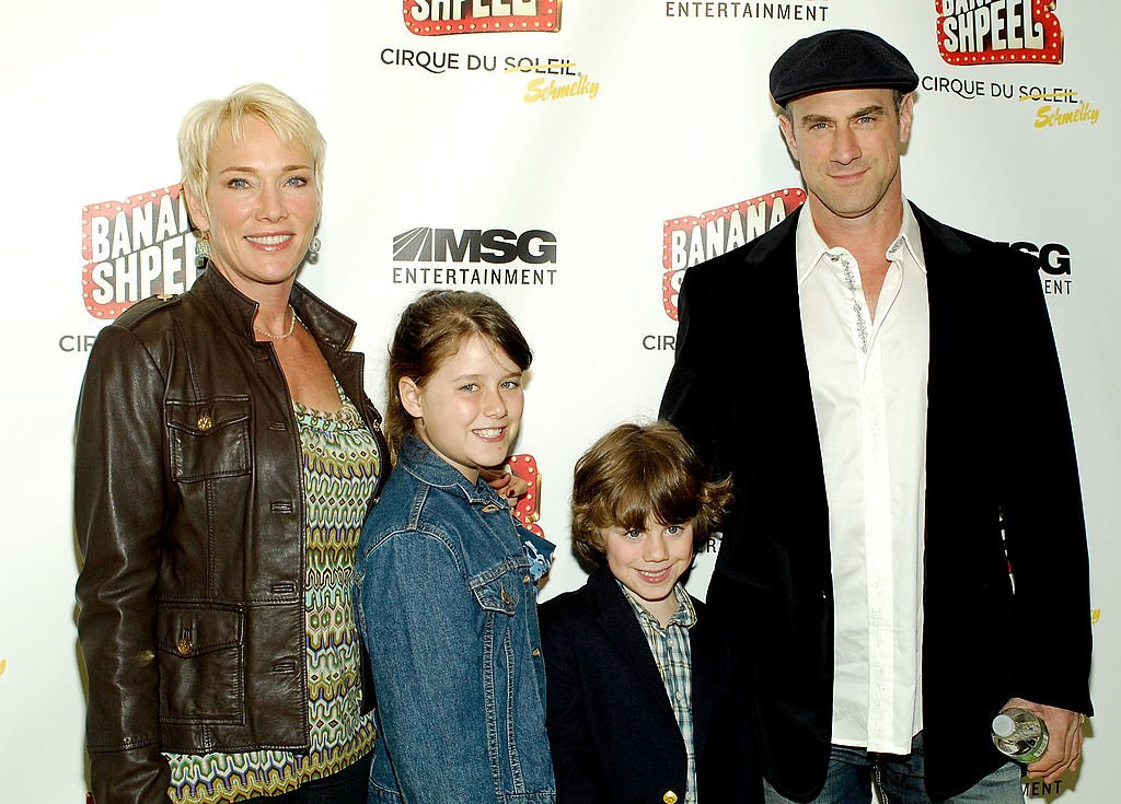 """Sherman Williams and Christopher with their children Sophia Meloni and Dante Meloni attend Cirque du Soleil's """"Banana Shpeel"""" in New York City on May 19, 2010 