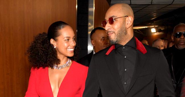 Alicia Keys Rocks Strapless Swimsuit in PDA-Filled Pic with Husband Swizz Beatz